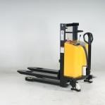 Poolelektriline virnastaja PL 800 1000kg/800
